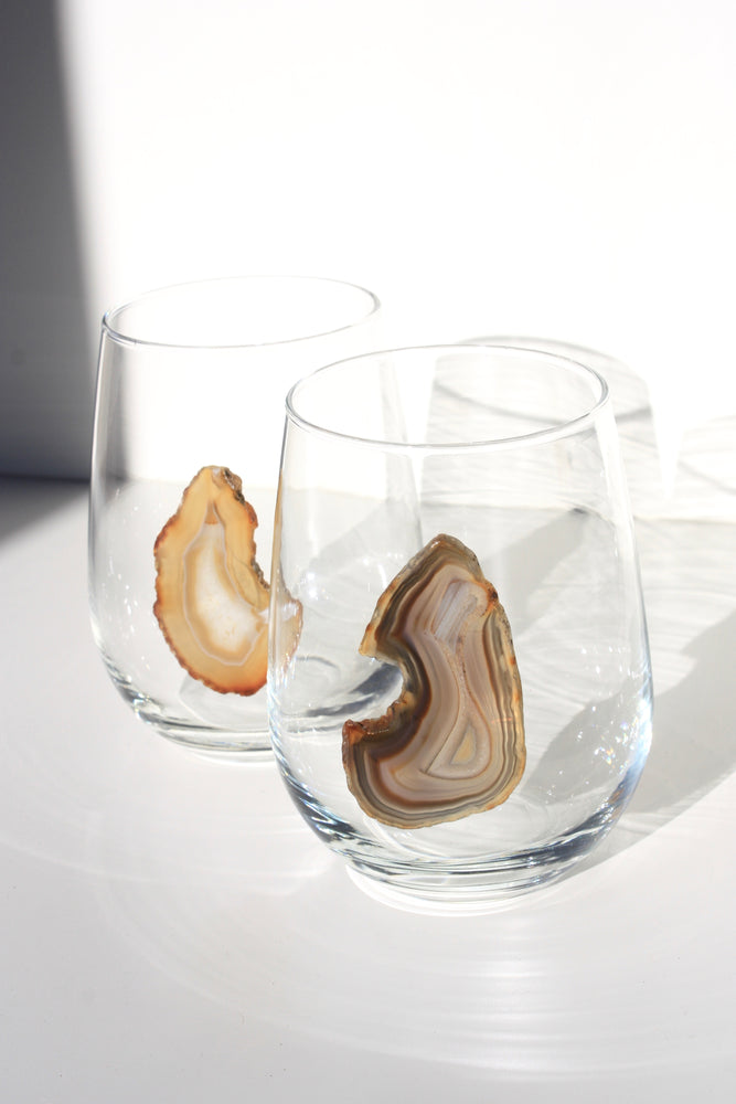 Load image into Gallery viewer, Natural Stemless Agate Wine Glass 17 oz