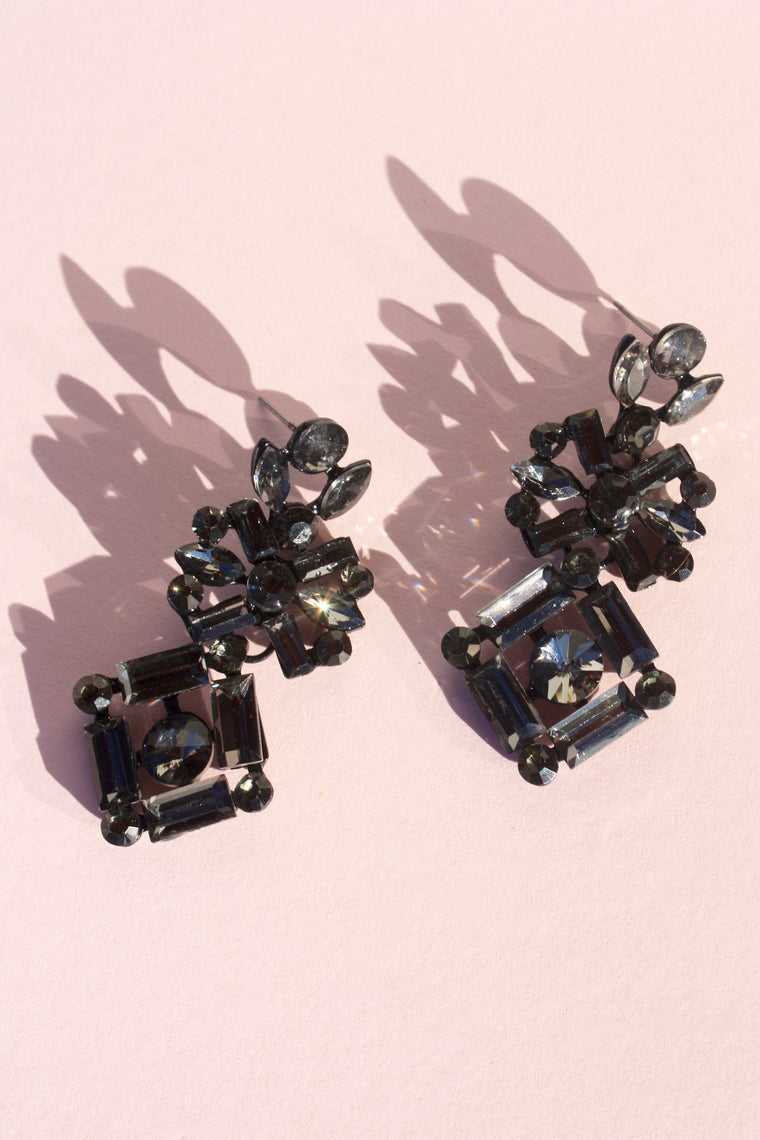 Dark Night Chandelier Earring