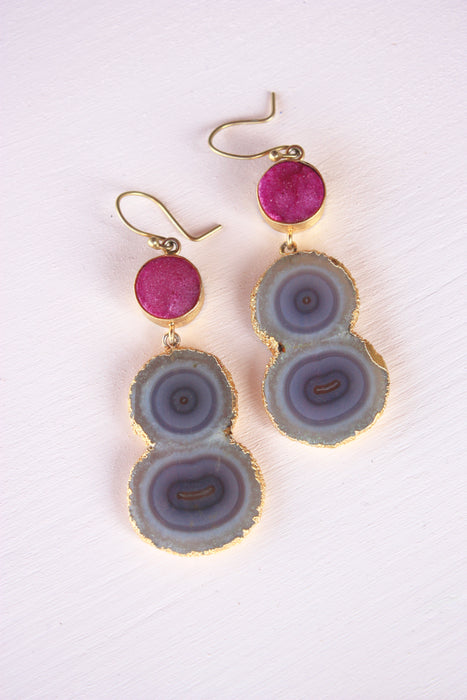 Golden Edge Grey Agate Chanelier Earring