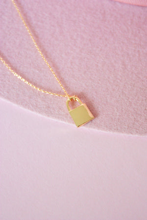 Load image into Gallery viewer, Dainty Lock Necklace