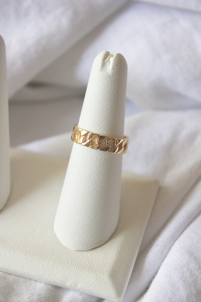 Medium Gold Chain Ring