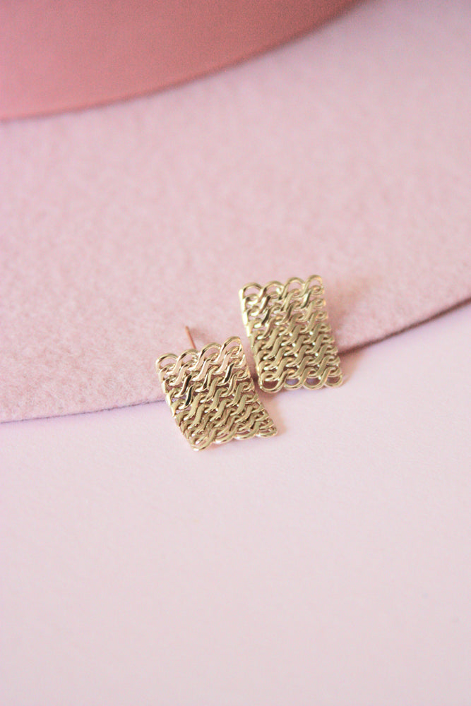 Square Chain Link Stud Earring