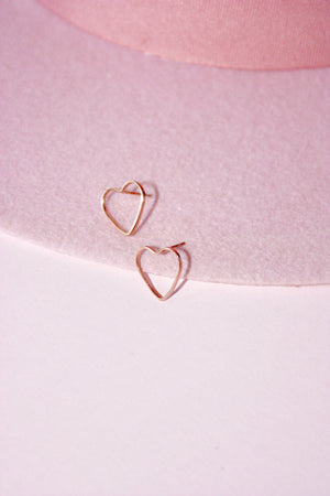 Load image into Gallery viewer, Rose Gold Heart Stud Earring