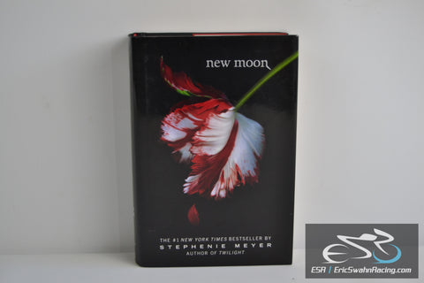 New Moon (Twilight) Hardcover Book 2006 Stephenie Meyer