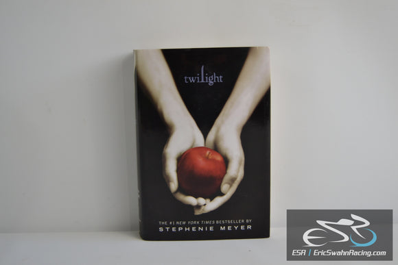 Twilight Hardcover Book 2005 Stephenie Meyer