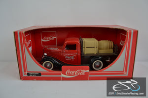 Coca-Cola 1936 Ford Plateau Diecast Metal Car Ref 9514 1998