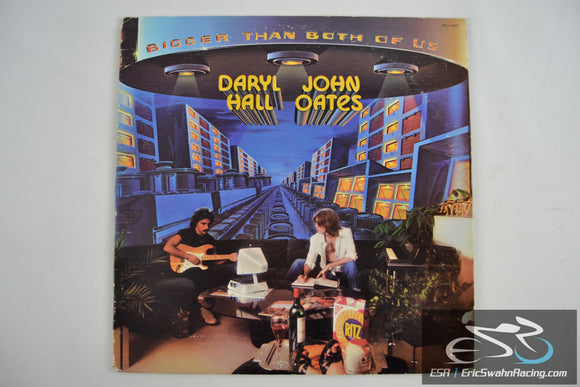 Daryl Hall & John Oates - Biger Than Both Of Us 33/12