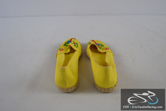 Yellow Decorative Shoes with Parrot Bird Women's 6.5 US