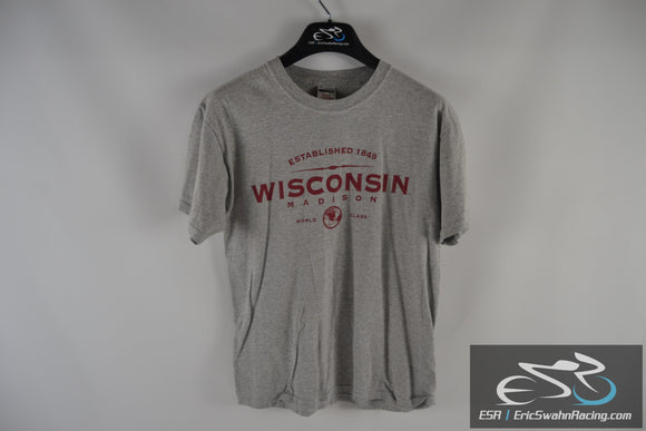 Madison Wisconsin Jerzees Grey / Red Men's Medium T-Shirt