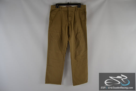 Old Navy The Classic Khaki Straight Fit Men's 31x30 Pants