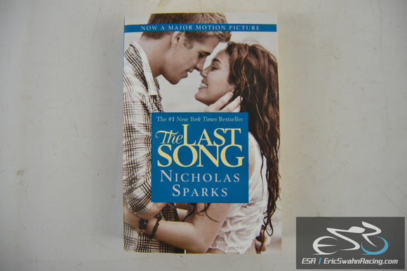 The Last Song Paperback Book 2010 Nicholas Sparks