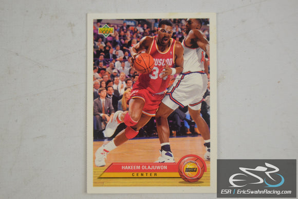 Hakeem Olajuwon Houston Rockets Center Upper Deck 1993 Basketball Card