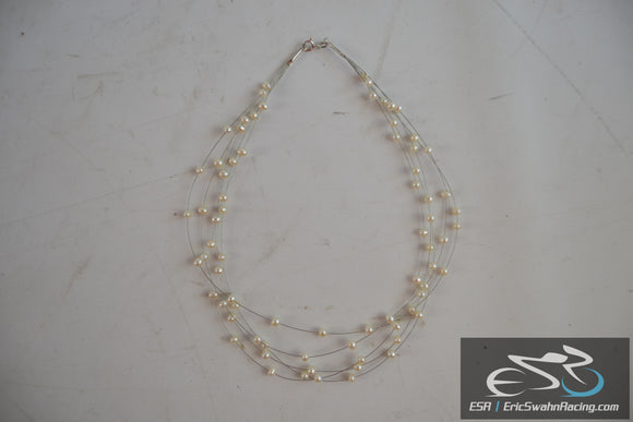 Women's White Pearl Necklace Fashion Jewelry