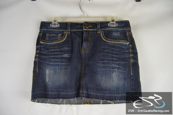 Candie's Women's Blue Jean Skirt Size 9