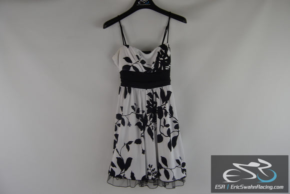 Speckless Women's Floral Black White Dress Size Large