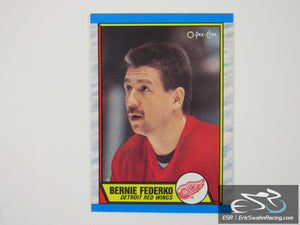 Bernie Federko 107 Detroit Red Wings NHL Hockey Card O-Pee-Chee 1989
