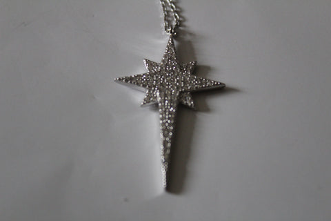 MORAVIAN CRYSTAL STAR BETHLEHEM NECKLACE