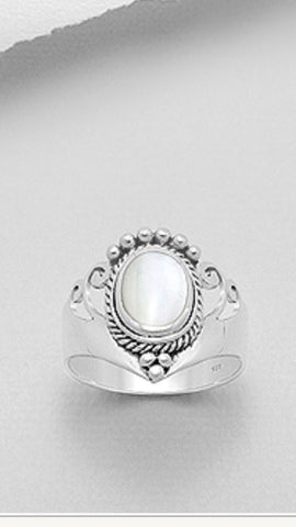STERLING SILVER AND MOTHER OF PEARL BALI STYLE RING