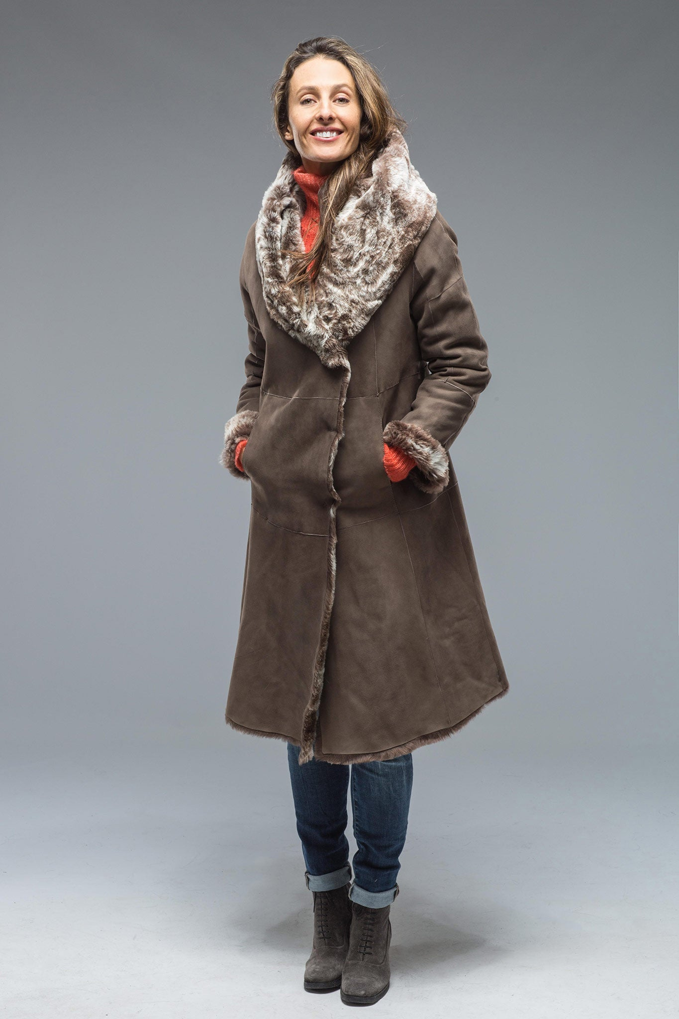 Dawn Shearling Coat In Taupe