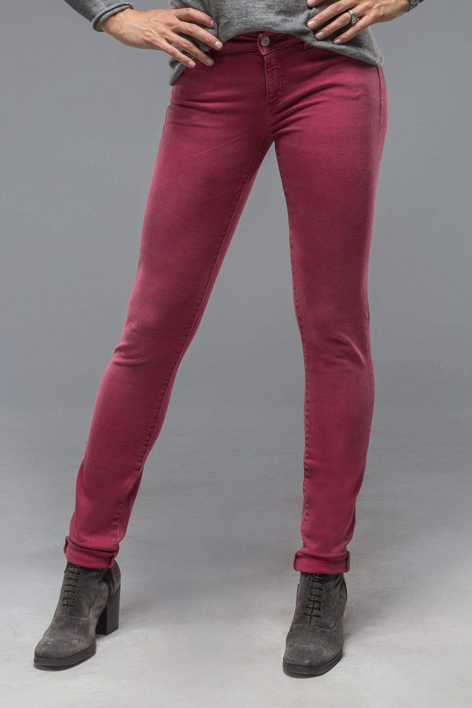 Axel'S Madison Skinny Jeans In Washed Red Raspberry Ladies - Pants