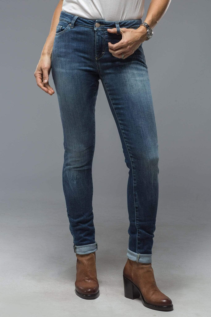Axel'S Victoria Skinny Selvedge Jean In Mid Blue Wash Ladies - Pants