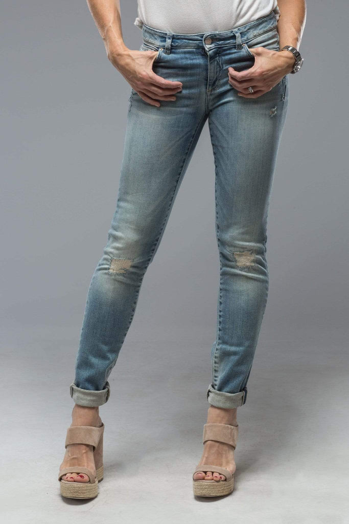 Axel'S Victoria Skinny Selvedge Jean In Mid Distressed Blue Ladies - Pants