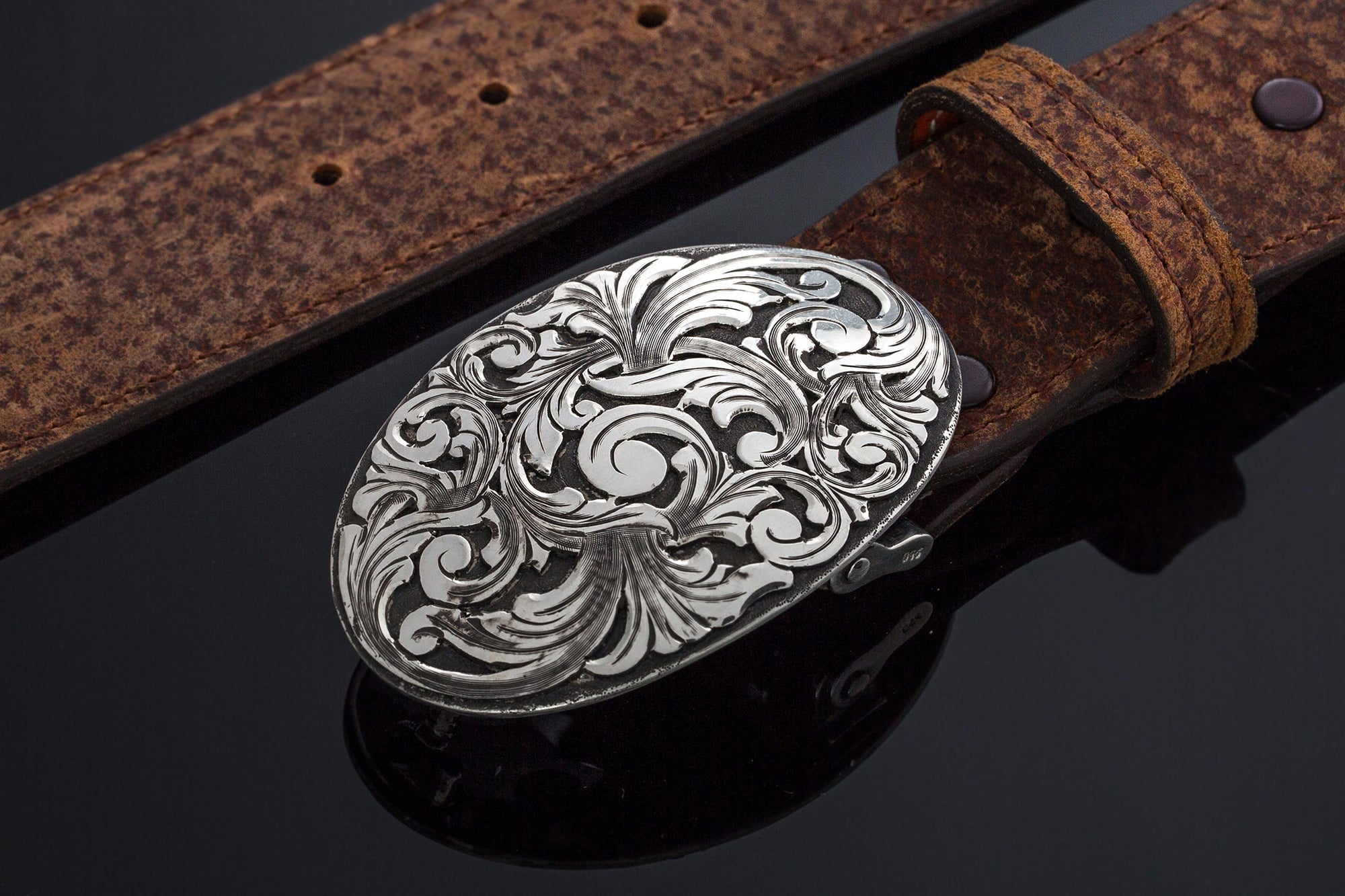 AO Leon Swirl Belt Buckle