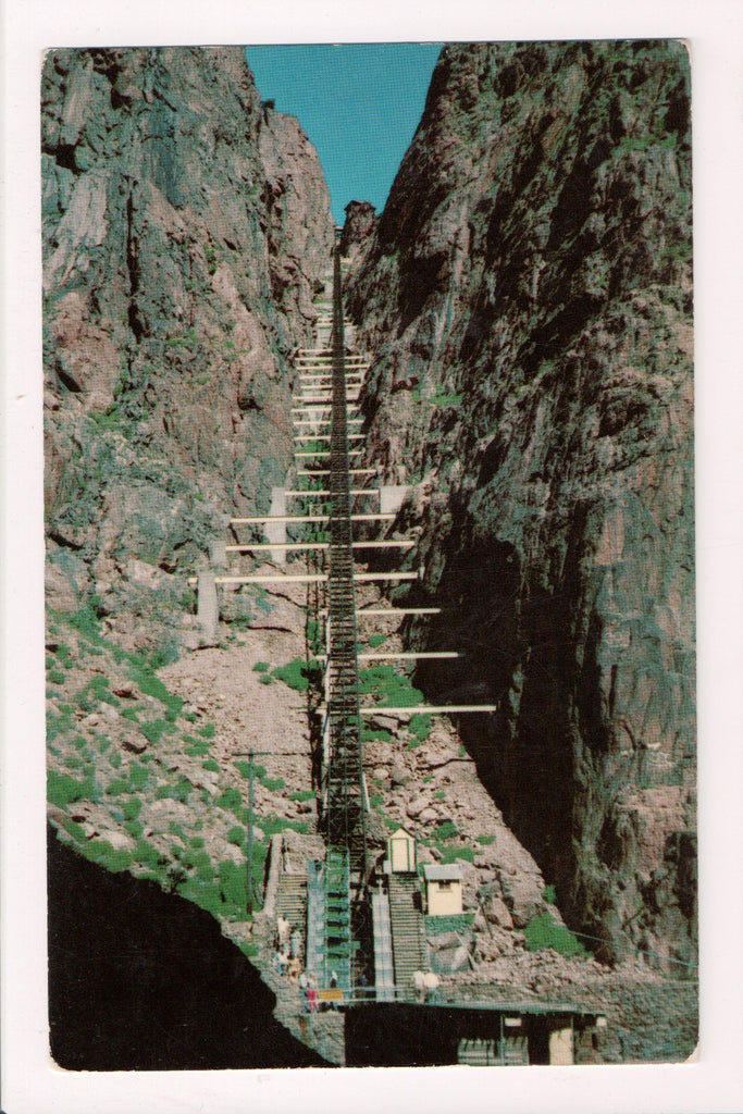 Train - Railroad - Royal Gorge Railway - steep incline tracks - 505251