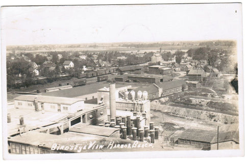 MI, Harbor Beach - bird eye of mill, railroad cars, houses RPPC - F09004