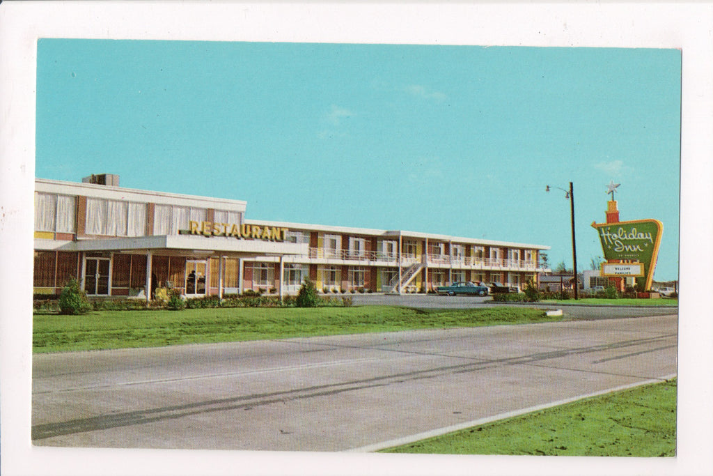 NC, Rocky Mount - HOLIDAY INN postcard - (No 2 By Pass) - 800130