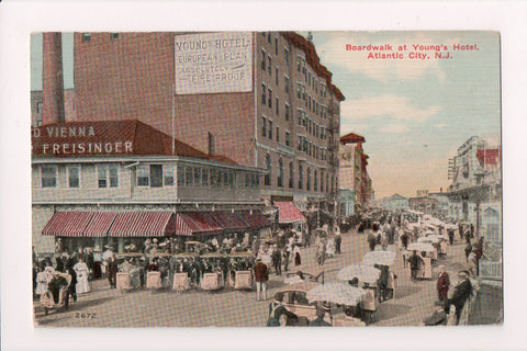 NJ, Atlantic City - Youngs Hotel, Old Vienna restaurant - A06948