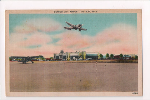 MI, Detroit - Detroit City Airport - @1944 postcard - B05238
