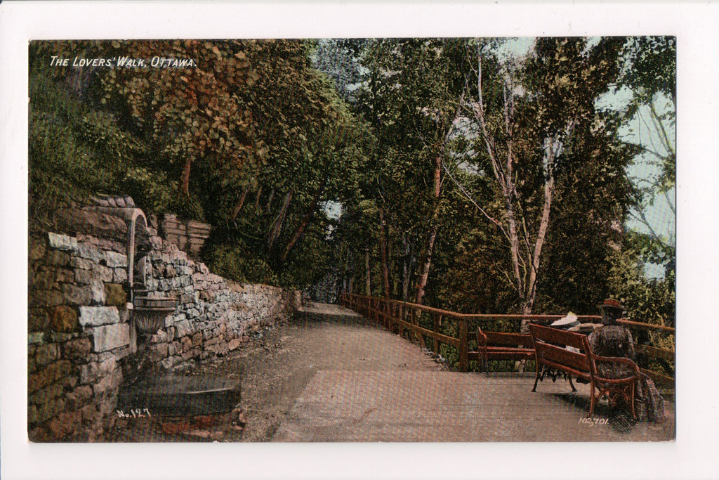 Canada - Ottawa, ON - Lovers Walk, Fountain, bench postcard - B11420