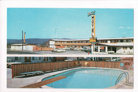 CA, Crescent City - Reef Motel building and pool - A06702