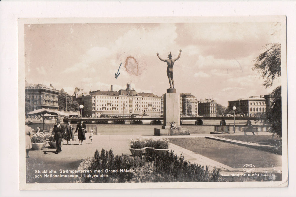 Foreign postcard - Stockholm Stromparterran Grand Hotel, Sweden RPPC - CR0459