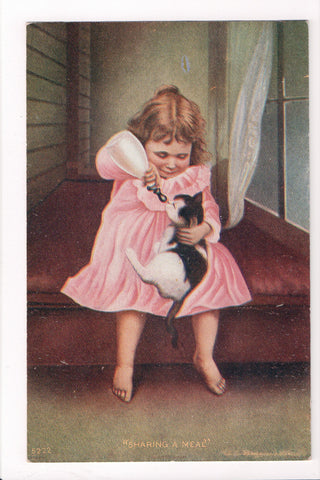 Animal - Cat or cats postcard - girl feeding kitten with bottle - A06771