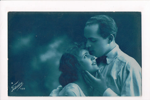 Misc - Cyanotype - Man kissing womans forehead - Fotocelere #638 - 800317