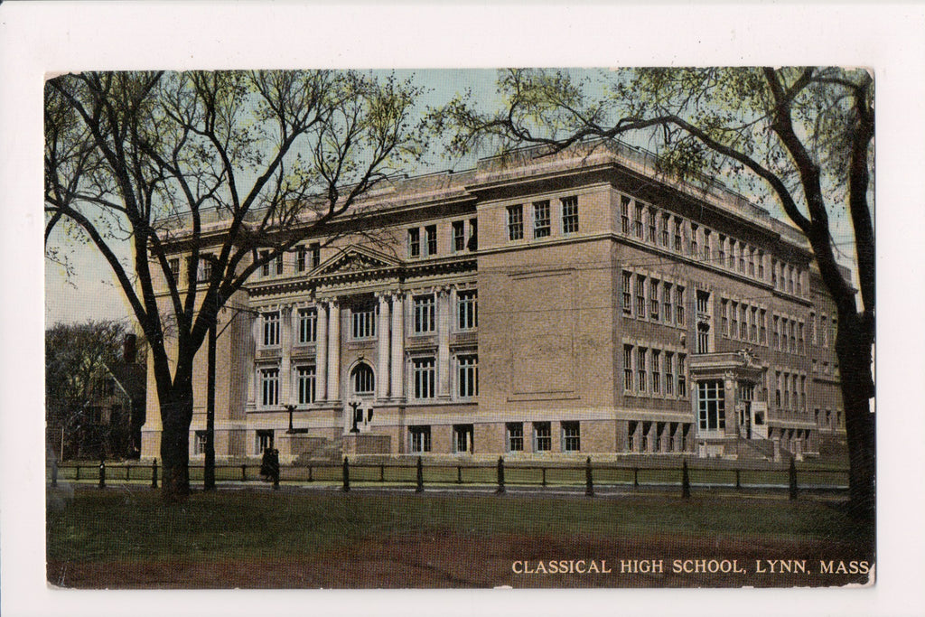 MA, Lynn - Classical High School postcard - E09014