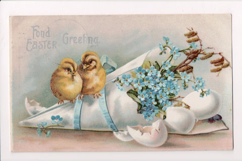 Easter - 2 chicks on a wrapping of forget me nots - Series 985 - C17543