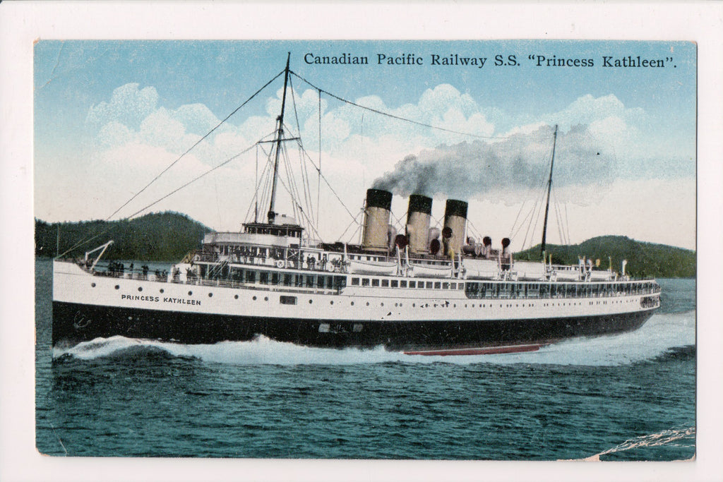 Ship Postcard - PRINCESS KATHLEEN closeup - F17100