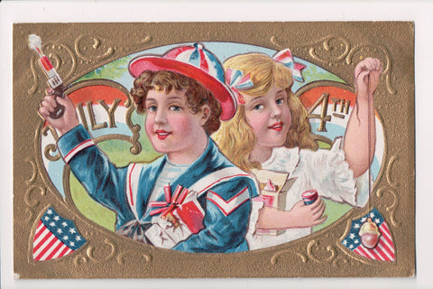 4th of July / July 4th - boy and girl celebrating - postcard - T00190