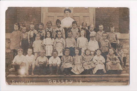 IA, Bussey - Class Photo of kids w/teacher, some bare foot - RPPC - C17680