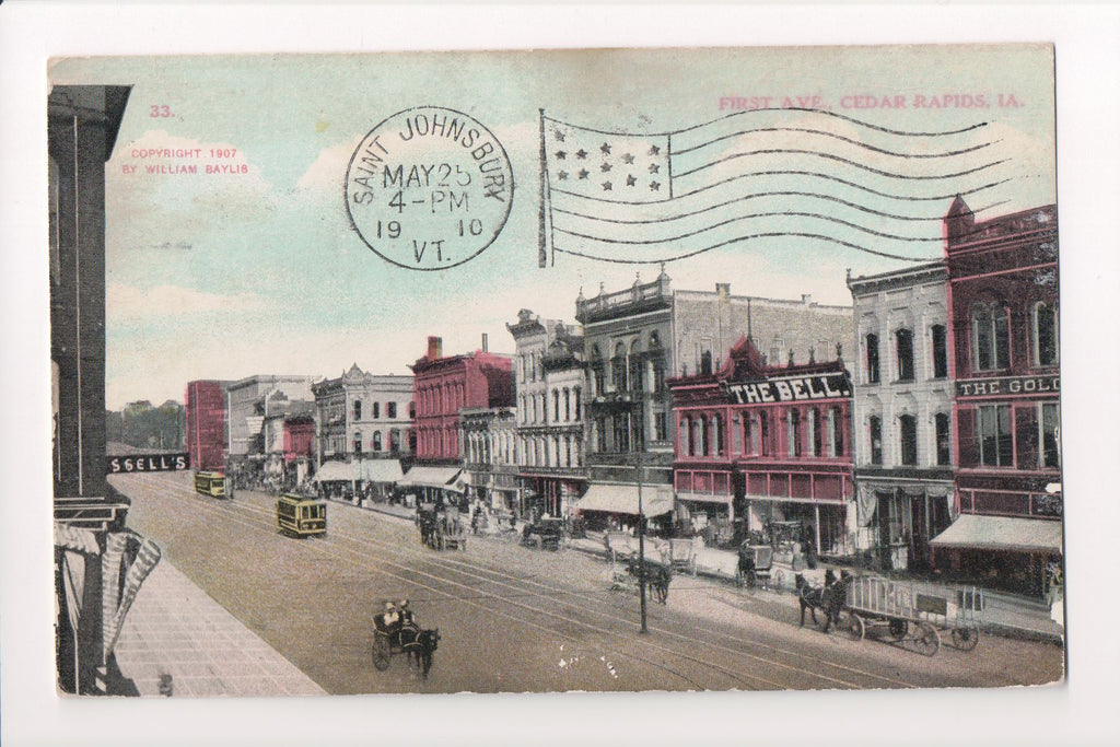 IA, Cedar Rapids - First Ave, The Bell postcard - w03383
