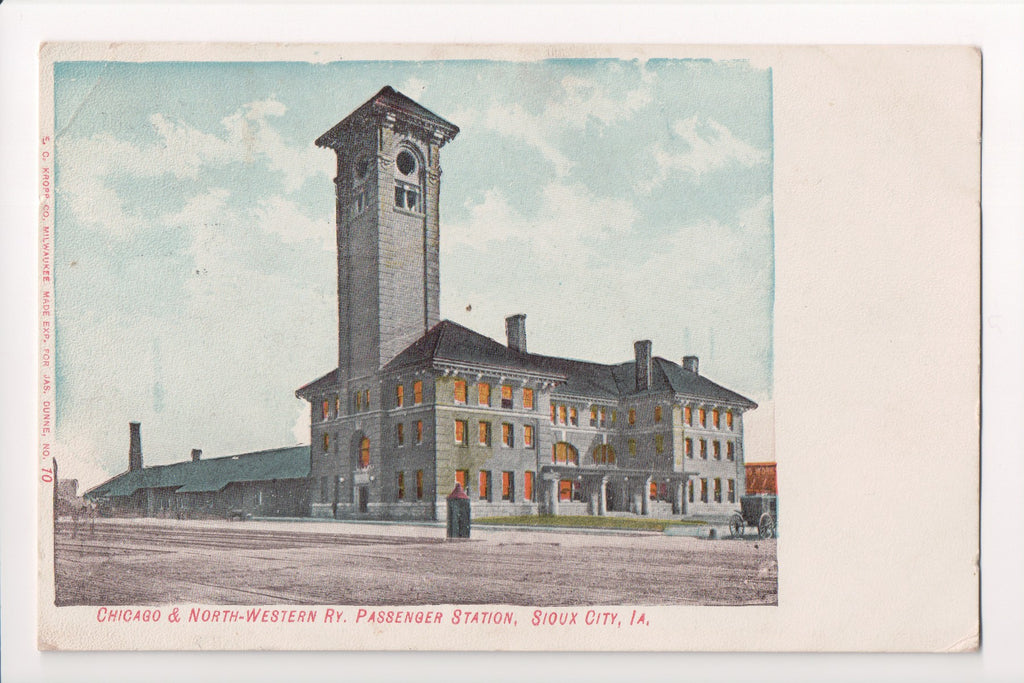 IA, Sioux City - Chicago and North Western RY Passenger Station - B05317