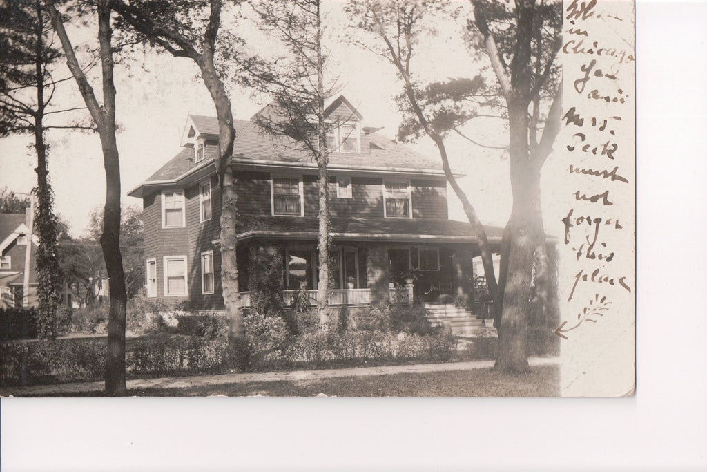 IL, Chicago - Residence in Chicago RPPC - B06449