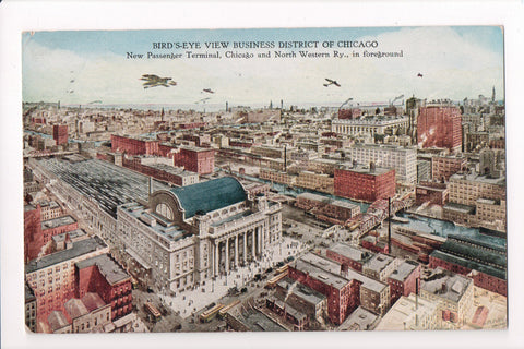 IL, Chicago - Bird Eye View, few airplanes postcard - C06086