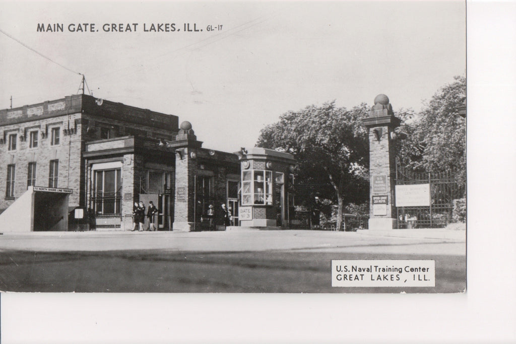 IL, Great Lakes - US Naval Training Center Main Gate RPPC - F09078