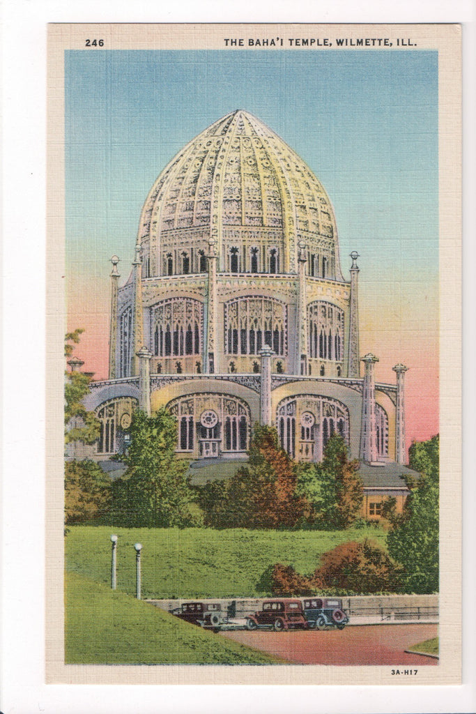 IL, Wilmette - The Baha'i Temple postcard - C04217