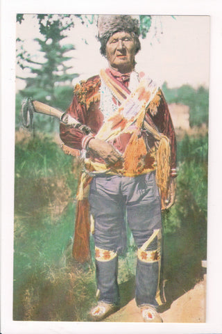 Indian postcard - Menominee Man of Wolf River Reservation - CP0409