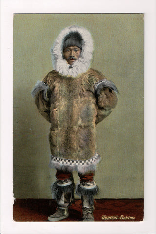 Indian postcard - Typical Eskimo closeup, in fur coat - cr0556